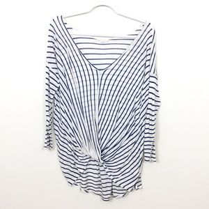 VESTIQUE STRIPED TWIST FRONT TOP